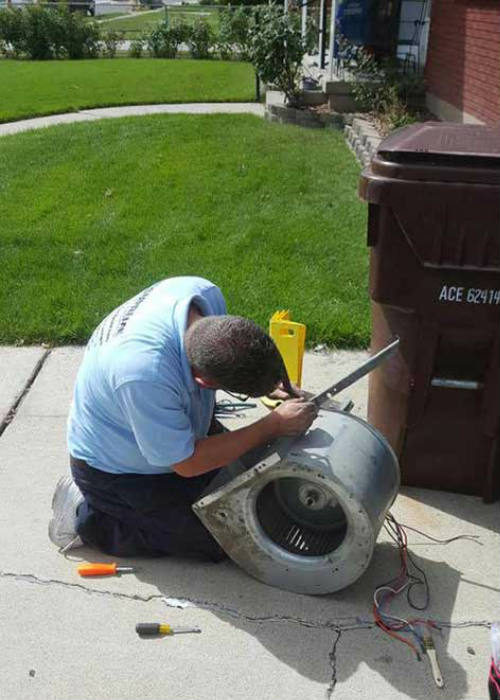 Furnace motor cleaning